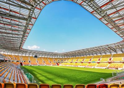 Wielofunkcyjne boisko do piłki nożnej w ramach budowy Stadionu piłkarskiego Jagiellonia Białystok w Białymstoku
