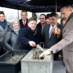 Wmurowanie kamienia węgielnego pod budowę Centrum Kultury Ursynowa.